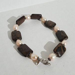 HDNY bracket with pearls /semi-precious stones J16